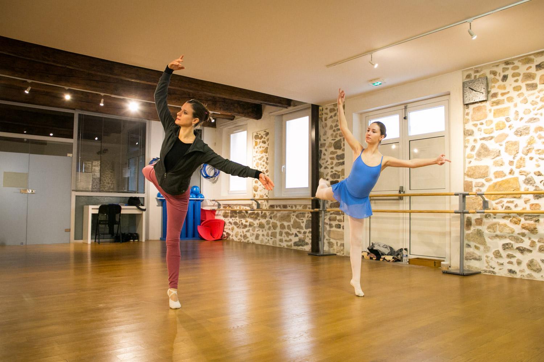 Camille Danse classique La Valette Toulon Barre au sol Pilates enfant adulte helivision.fr-9.jpg