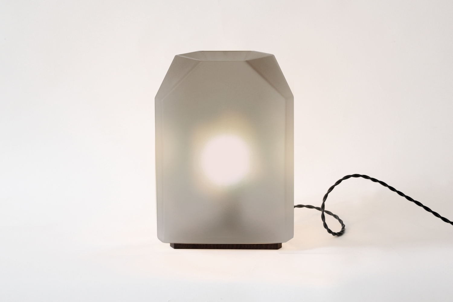 TYLER TABLE LAMP - EGG COLLECTIVE
