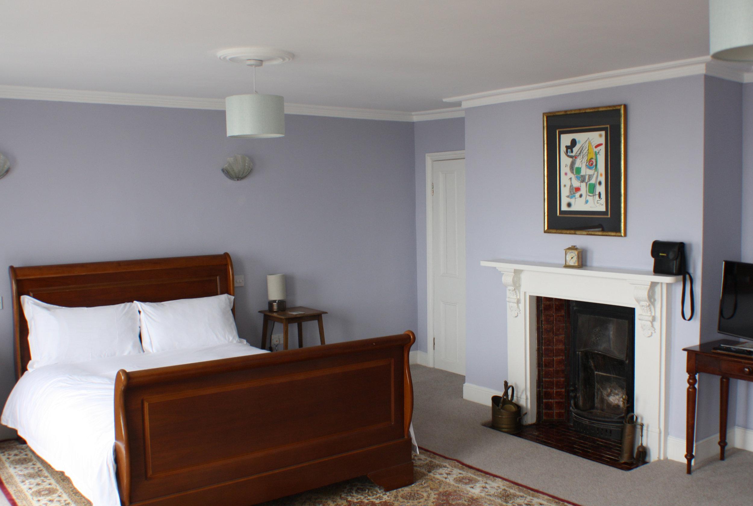 Mater Bedroom 9 Nelson Crescent