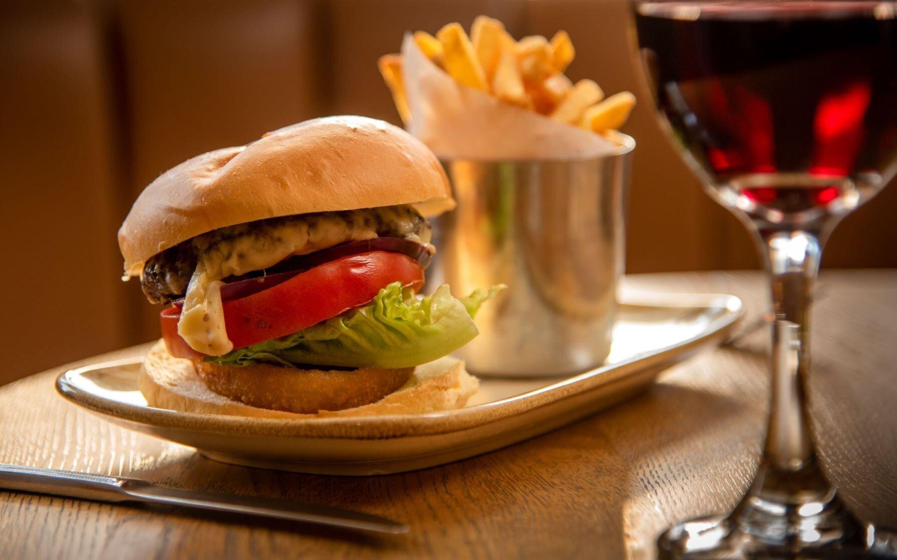 Burger-resized.jpg