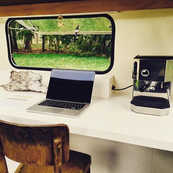 kantor inside 1