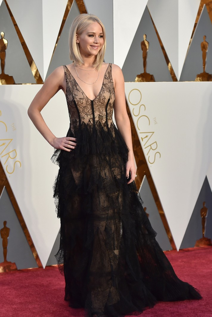 Jennifer-Lawrence3-711x1063.jpg