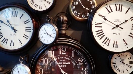 clocks-1098080_960_720.jpg
