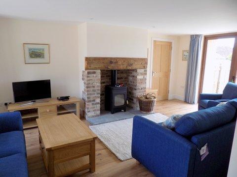 Cobbles sitting room.jpg