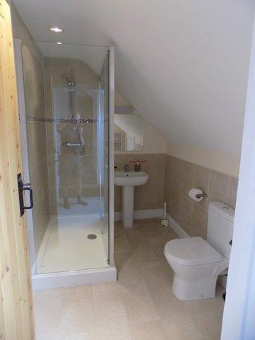 Courtyard shower room.jpg