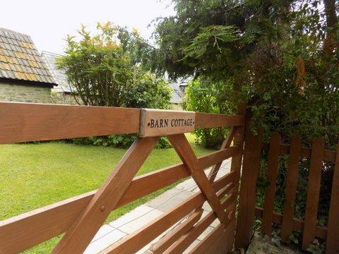 Barn Cottage gate June 2017.jpg