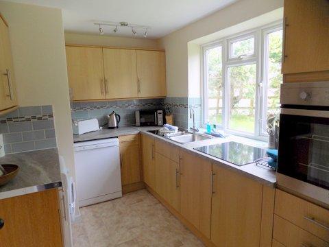 Barn Cottage new Kitchen June 2017.jpg