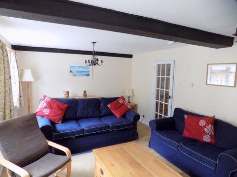 Barn Cottage sitting room 2 June 2017.jpg