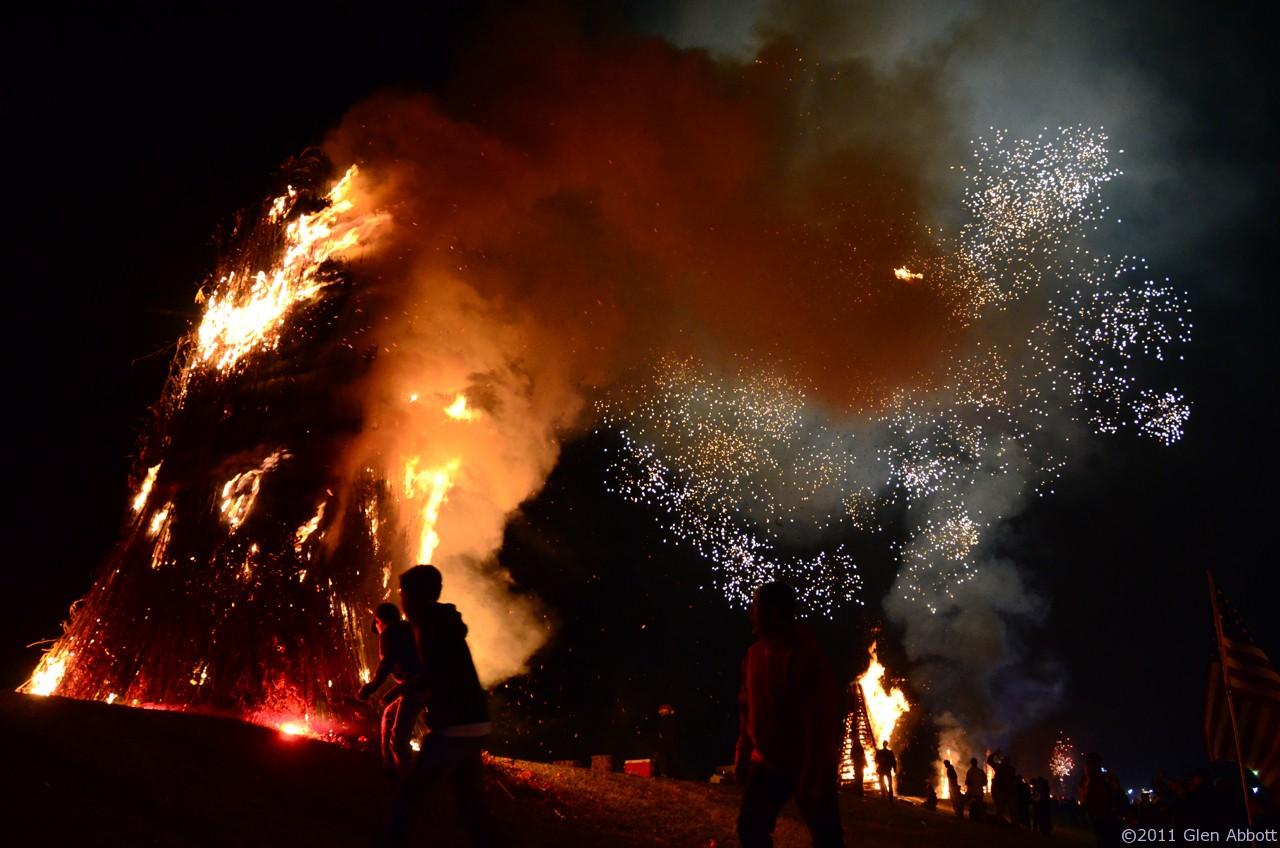 Louisiana Bonfires, Courtesy Traveling Gringo