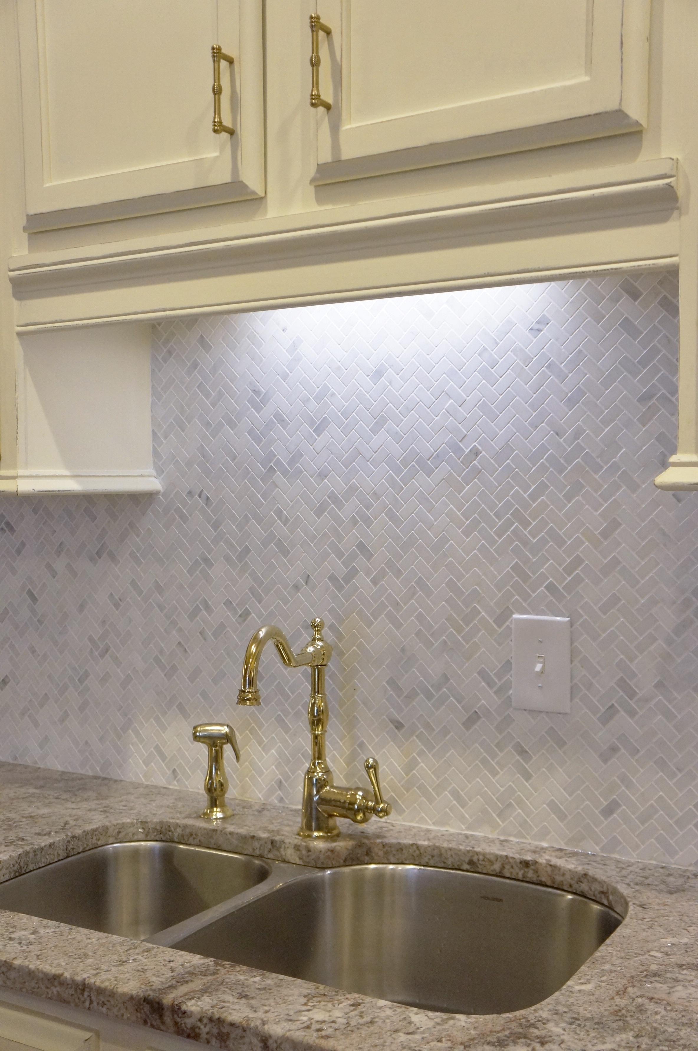 Backsplash tile complete!