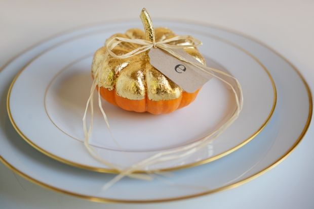 Golden placecards, Cupcake and Cashmere