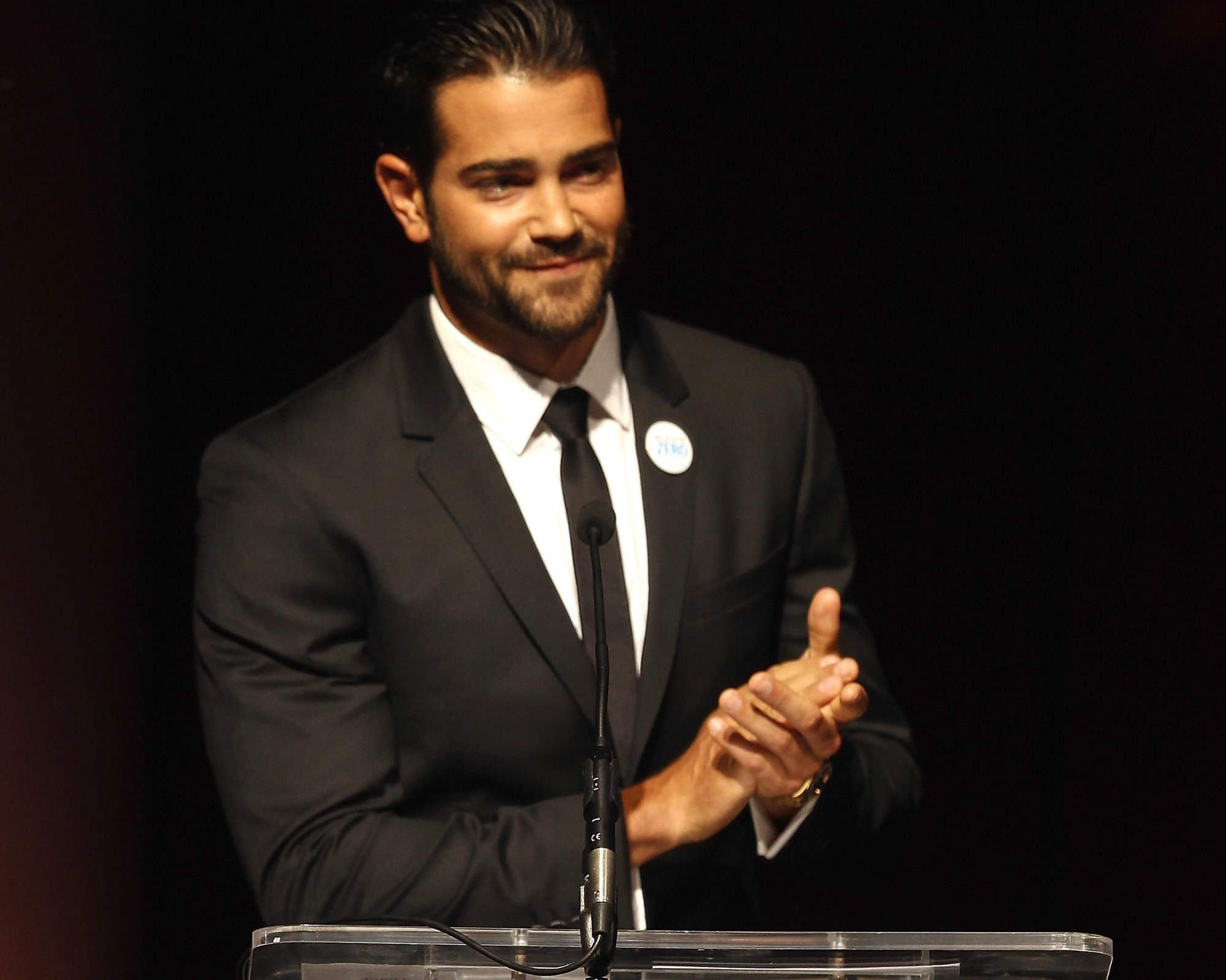 Jesse Metcalfe emcees The UNICEF Audrey Hepburn® Society Ball at Wortham Center on September 6, 2013 in Houston, Texas.(Photo by Bob Levey/Getty Images for UNICEF)