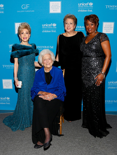 Margaret Alkek Williams, Barbara Bush, Caryl M. Stern, and Deborah Duncan at the 2015 UNICEF Audrey Hepburn® Society Ball  in Houston, Texas.