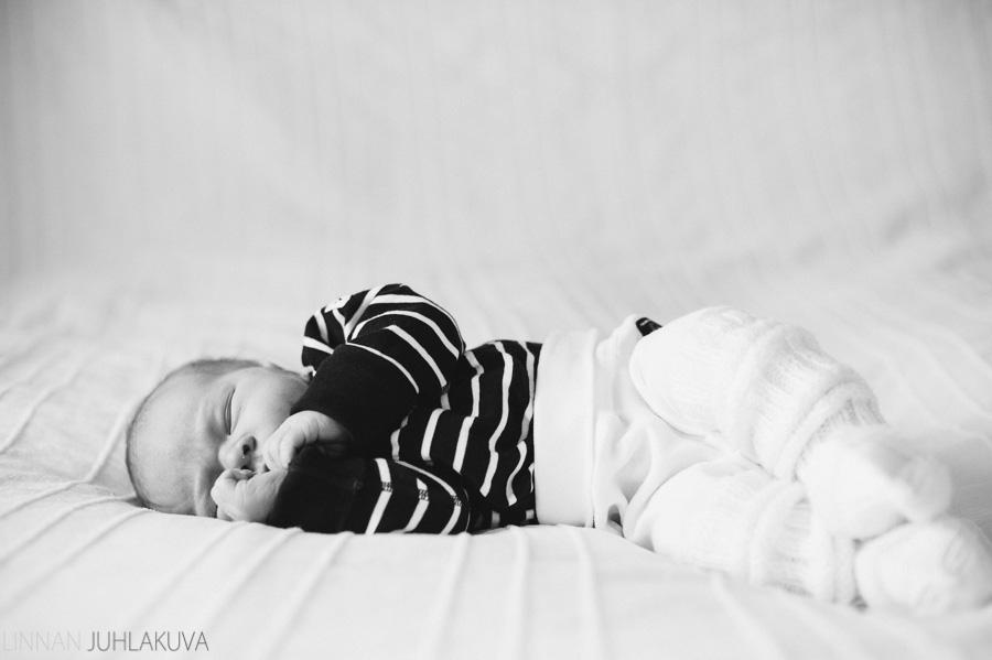 vauvakuvaus_newborn_3.jpg