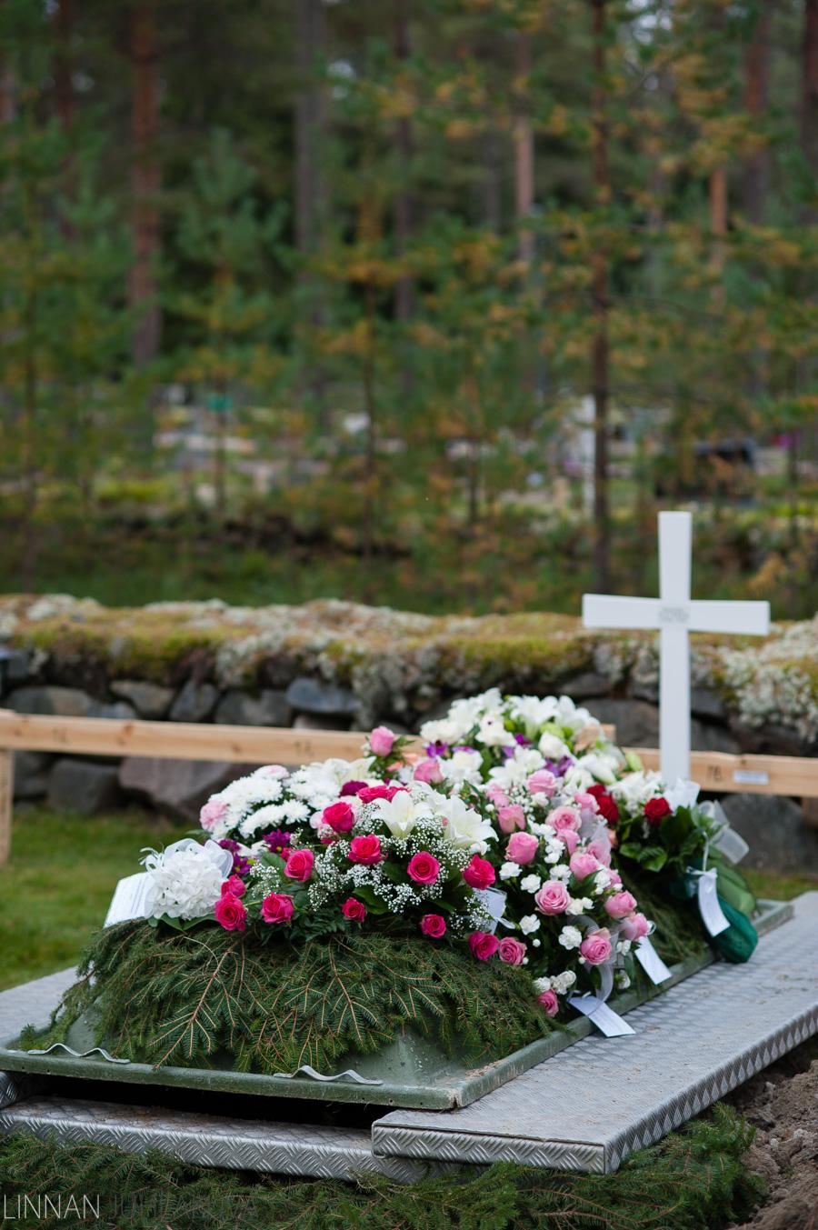hautajaiskuvaus oulujoen kirkko 8.jpg