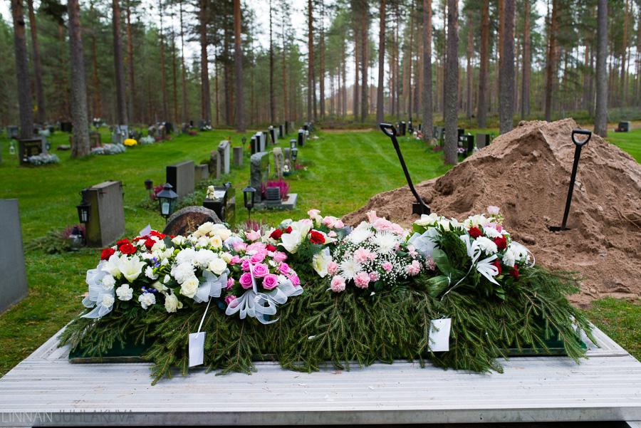 valokuvaaja liminka hautajaiset 5.jpg