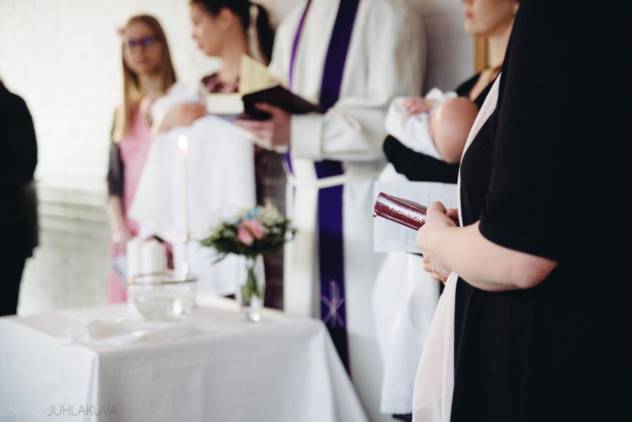 ristiäiskuvaus-kempeleen-seurakunta-13.jpg