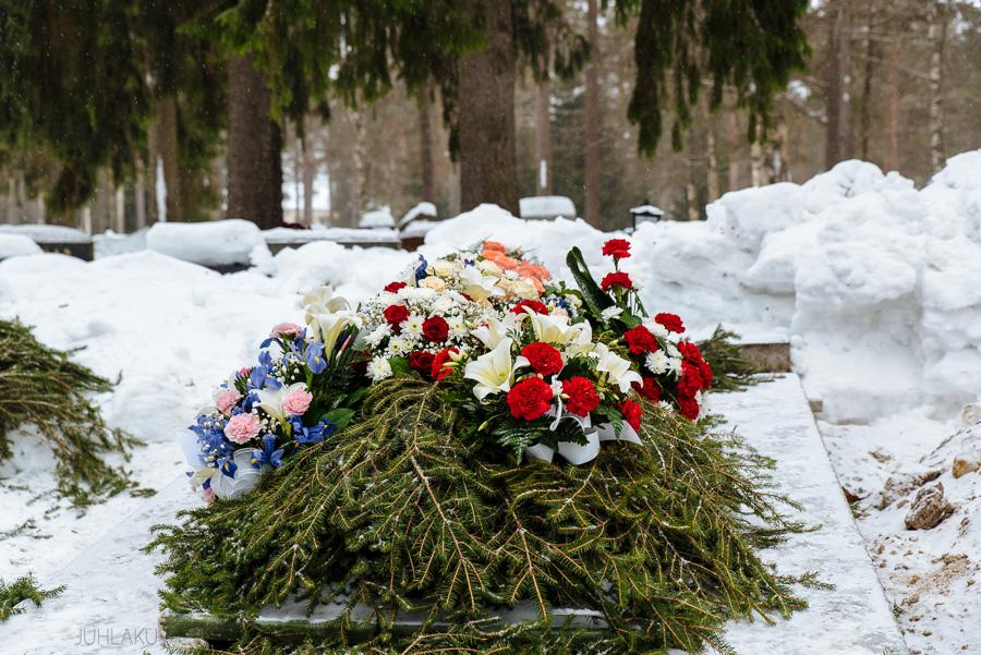 hautajaiskuvaus-oulu-linnanjuhlakuva-26.jpg