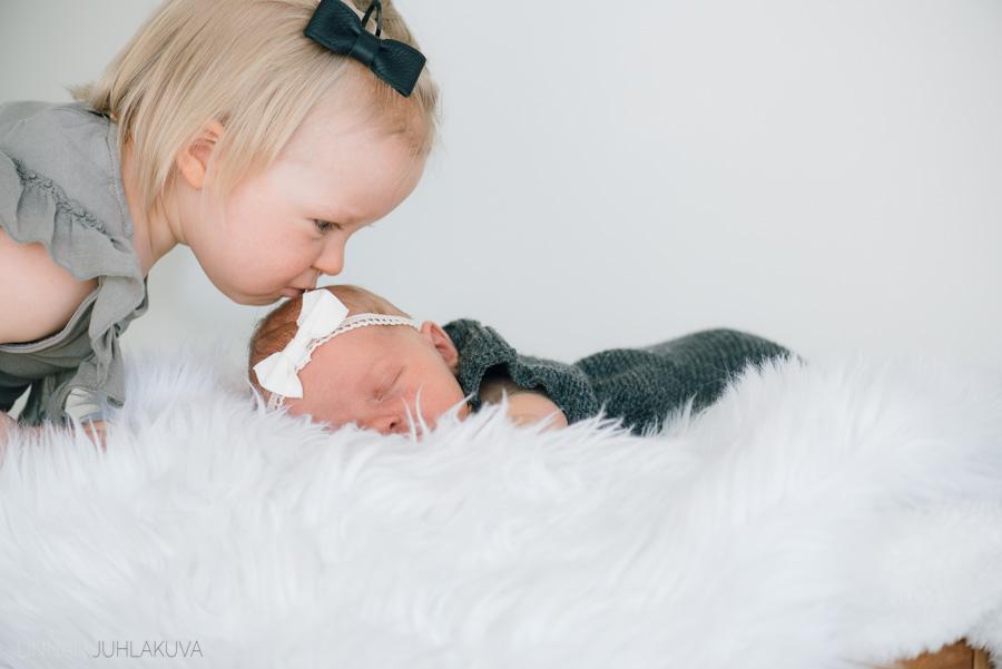 newborn valokuvaus-2.jpg