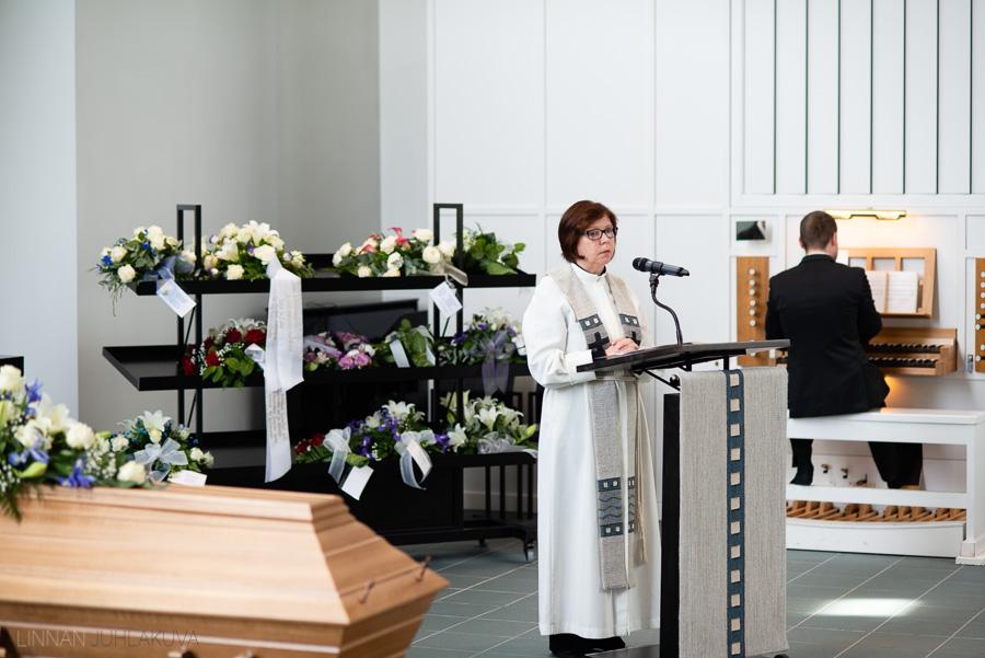 valokuvaaja kajaani hautajaiset-8.jpg