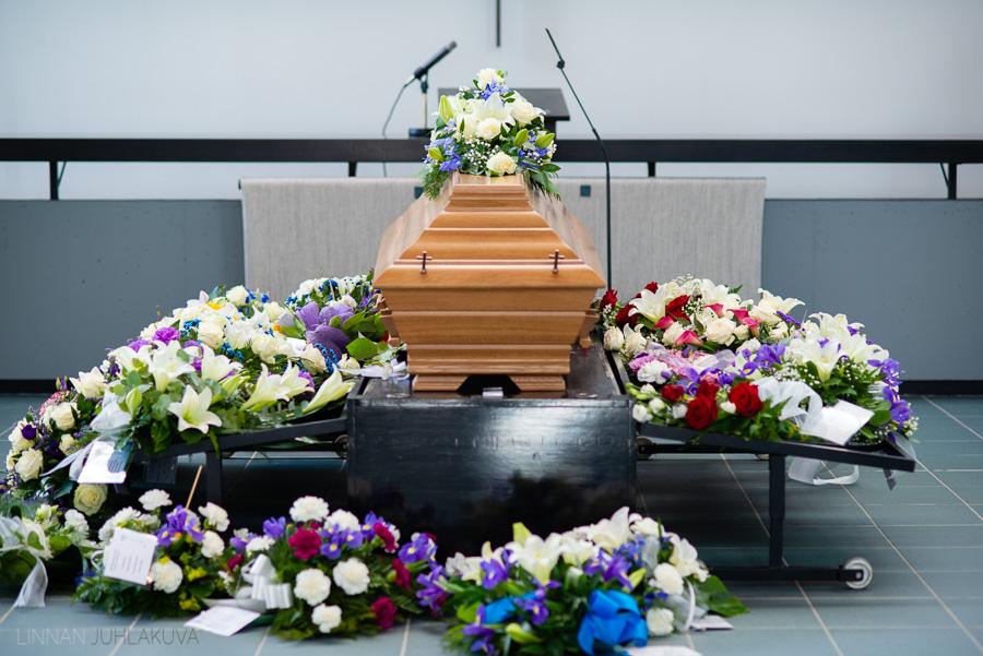 valokuvaaja kajaani hautajaiset-9.jpg