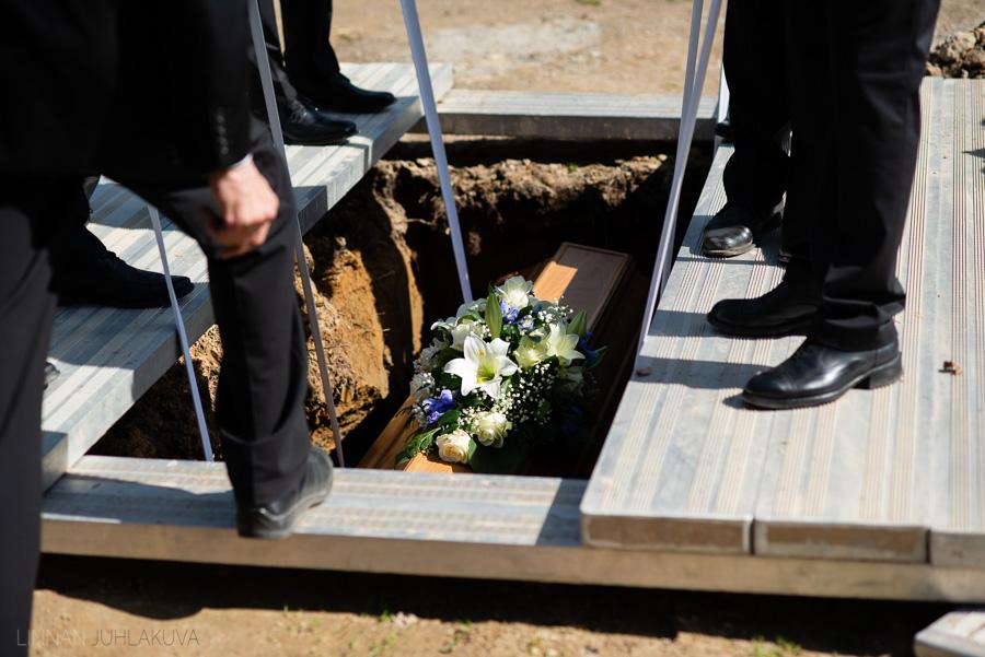valokuvaaja kajaani hautajaiset-16.jpg