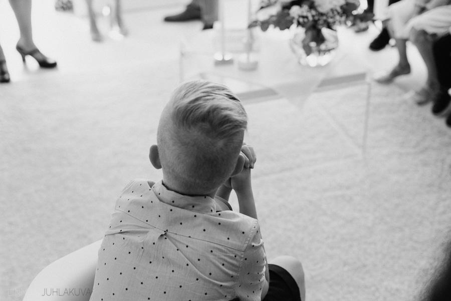 ristiäiskuvaus-valokuvaaja-oulu-14.jpg