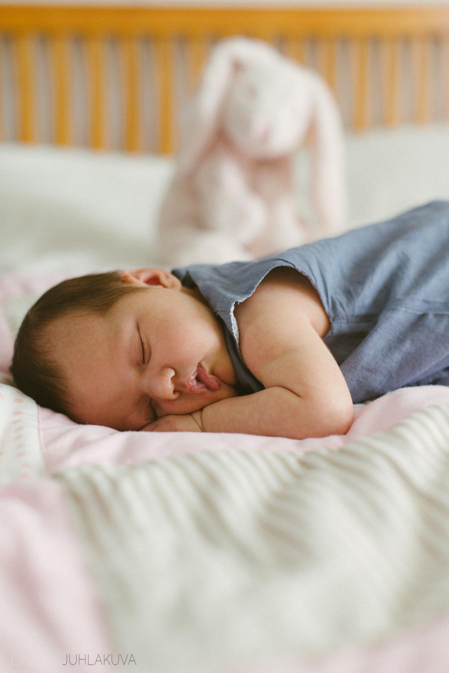 newborn-vauvakuvaus-2.jpg