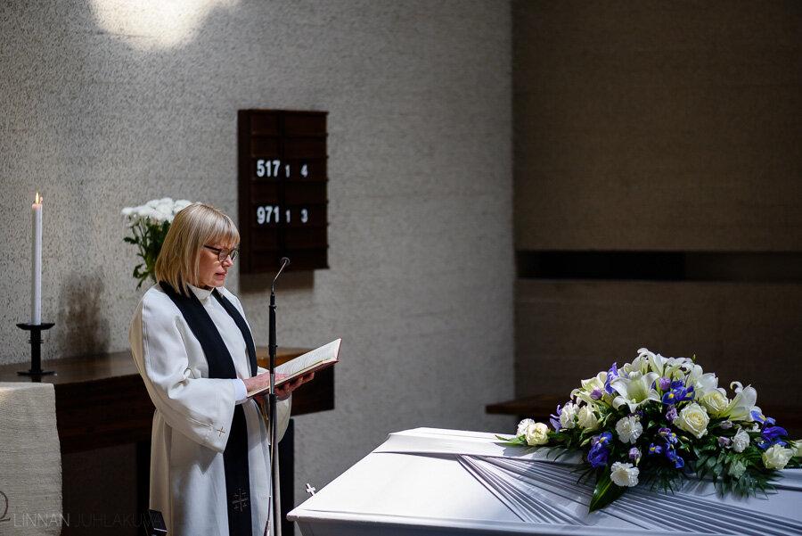 hautajaiset-intiö-maikkulankartano-6.jpg