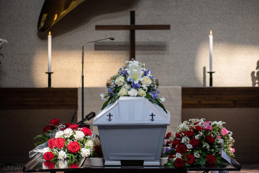 hautajaiset-intiö-maikkulankartano-7.jpg