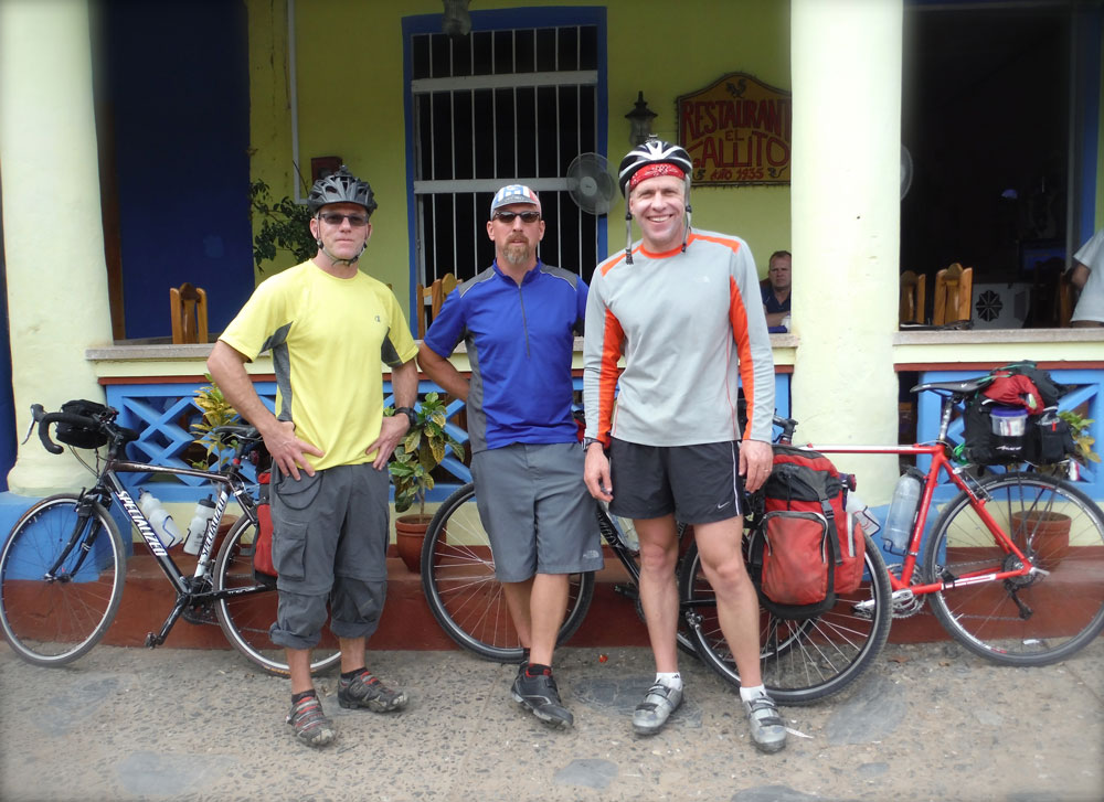 bike-tour-cuba-all-restaurant.jpg