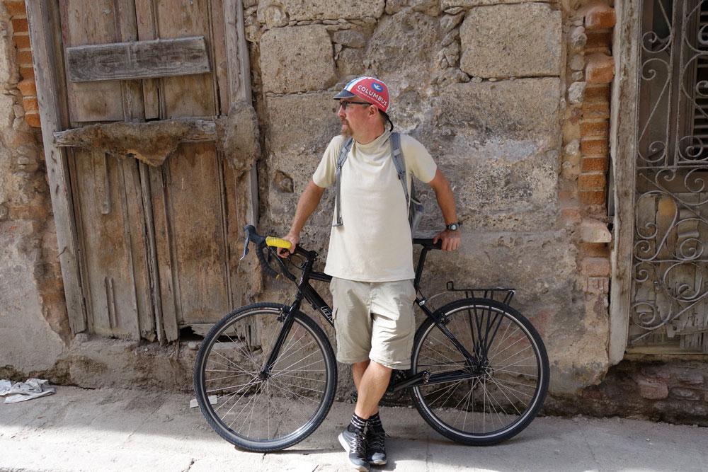 bike-tour-cuba-about-rob.jpg