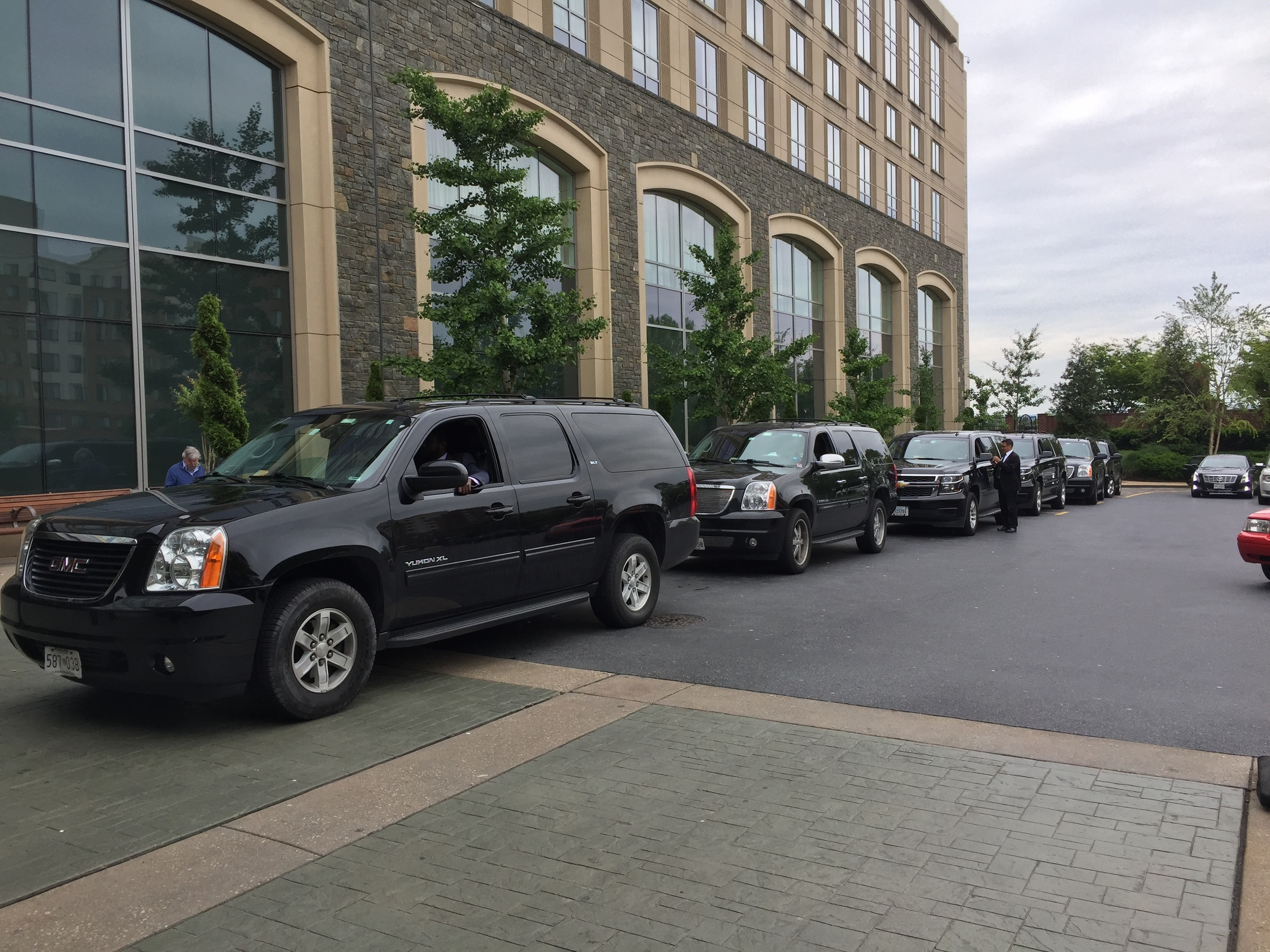 Black SUVs at Sea Air Space 2016
