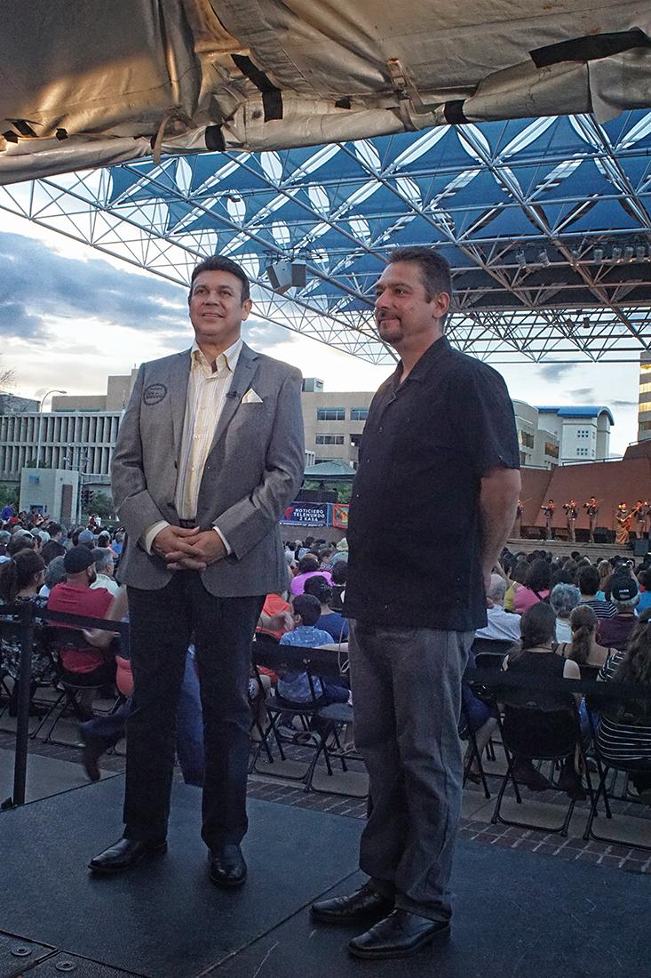 DSC05454 Floyd Vasquez and Jose Hernandez sm.jpg