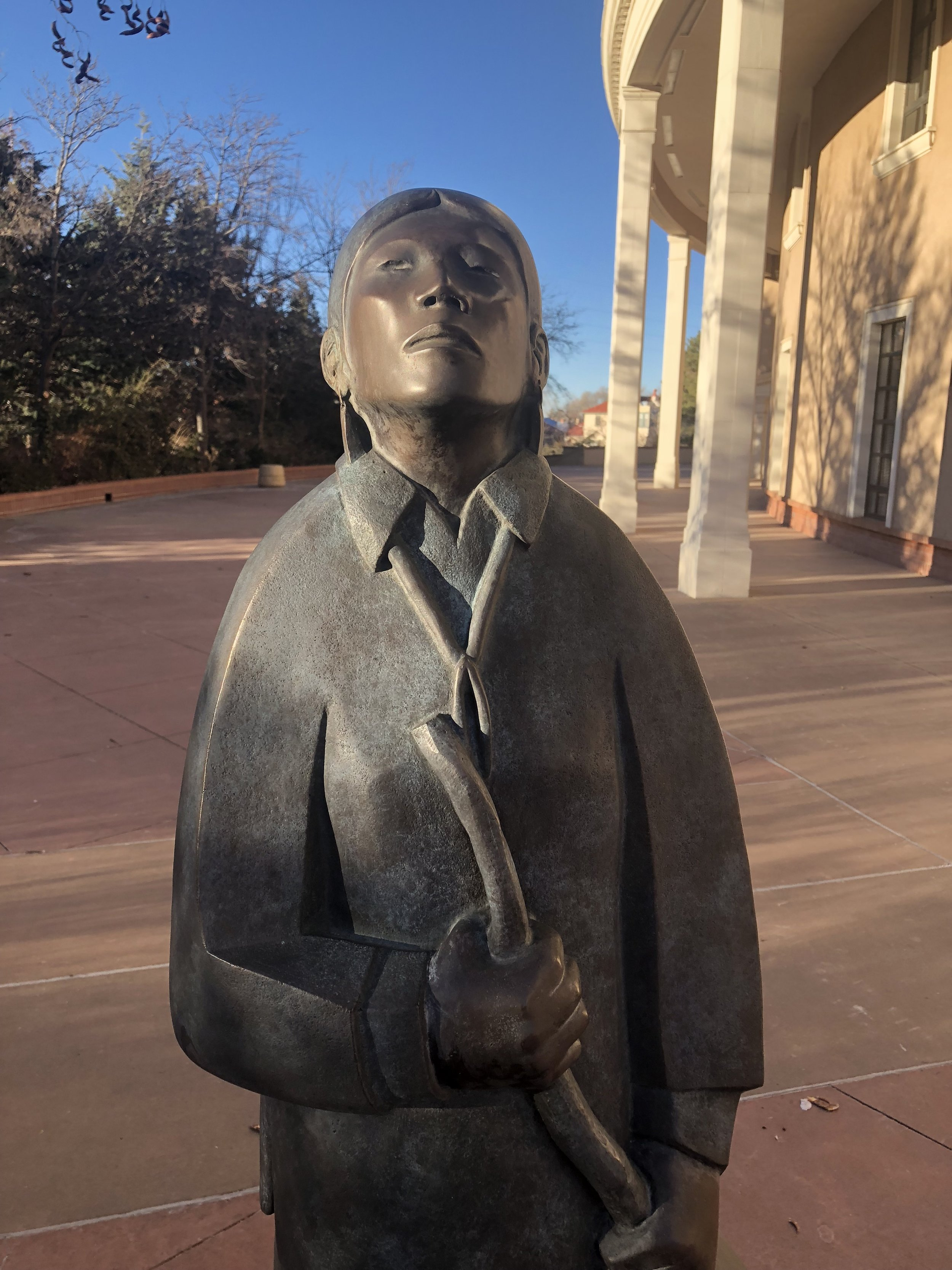"""Raindrops"" by Allan Houser Haozous, NM State Capitol"
