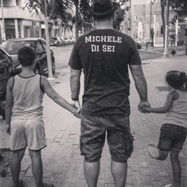 El Gran Porqué de Michele es demostrar e inspirar a sus hijos mediante su ejemplo, que cuando tienes un sueño tienes que luchar por él con todas tus fuerzas para conseguirlo...