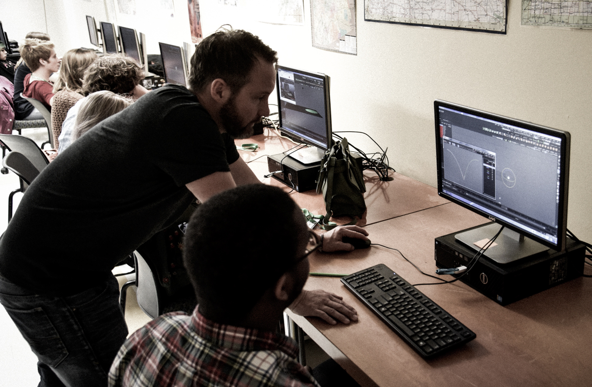 MENTORSHIPS - David is passionate about working as a mentor to kids, teens and adults. He is moved by watching a student grasp a concept and then master new skills to create something amazing. David believes it is his passion and purpose to pass on his experiences and knowledge in digital design to contribute a more innovative and creative workforce. Inquire via email. DAVIDWILKESKERSEY@GMAIL.COM