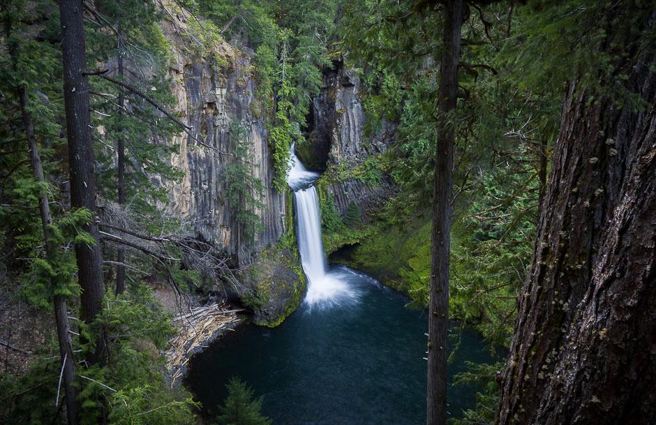 tokateeFalls_umpqua_oregon_waterfall