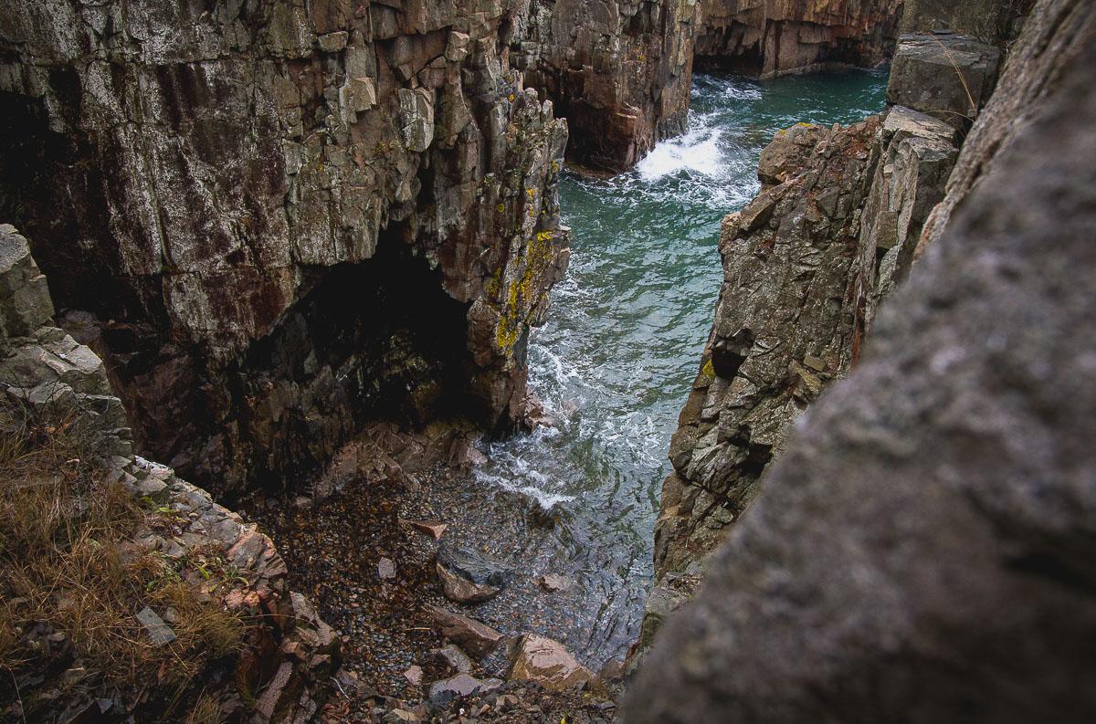 acadia_schoodic_cliffs_ocean.jpg