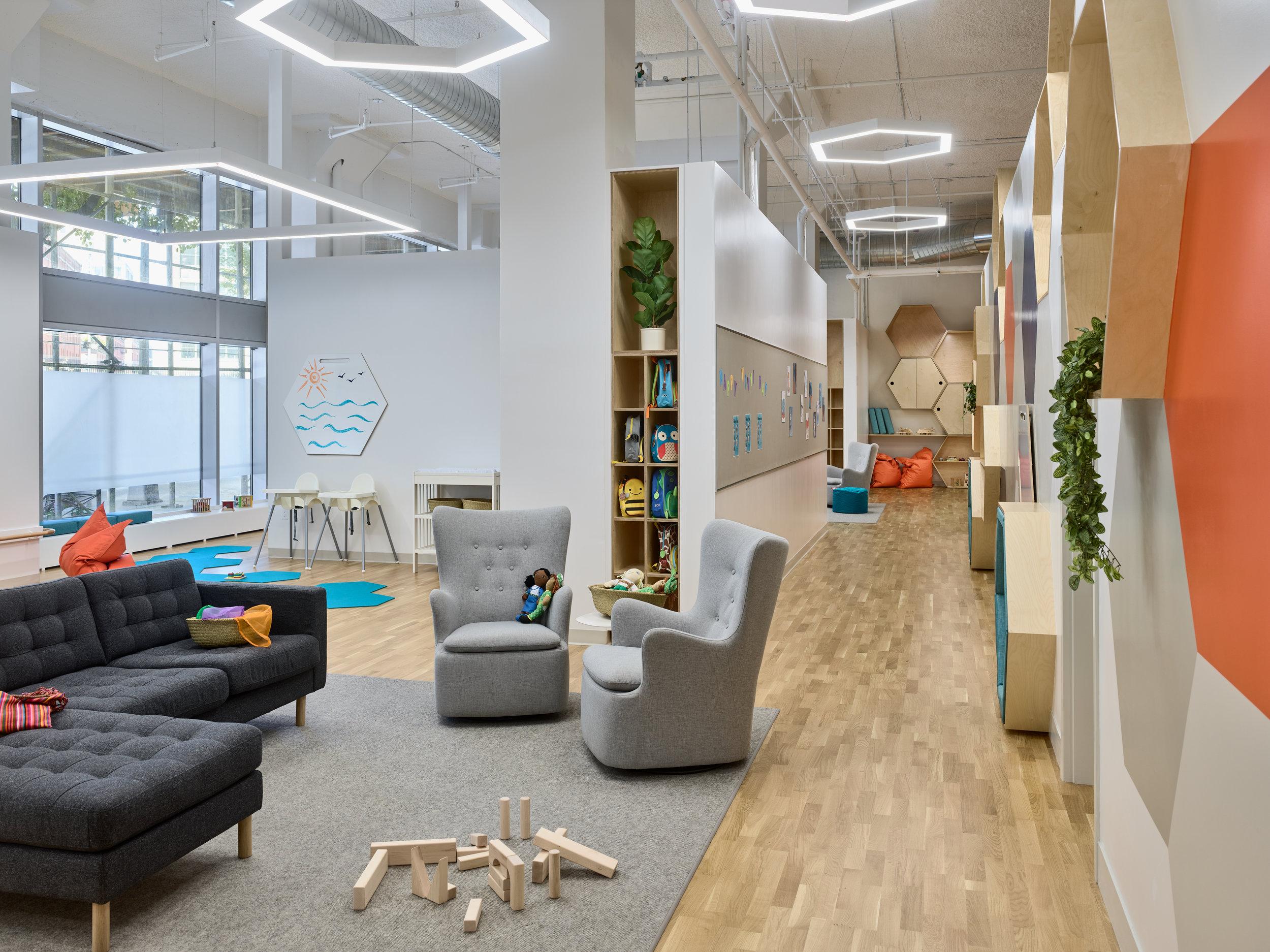 Vivvi - Classroom & Corridor