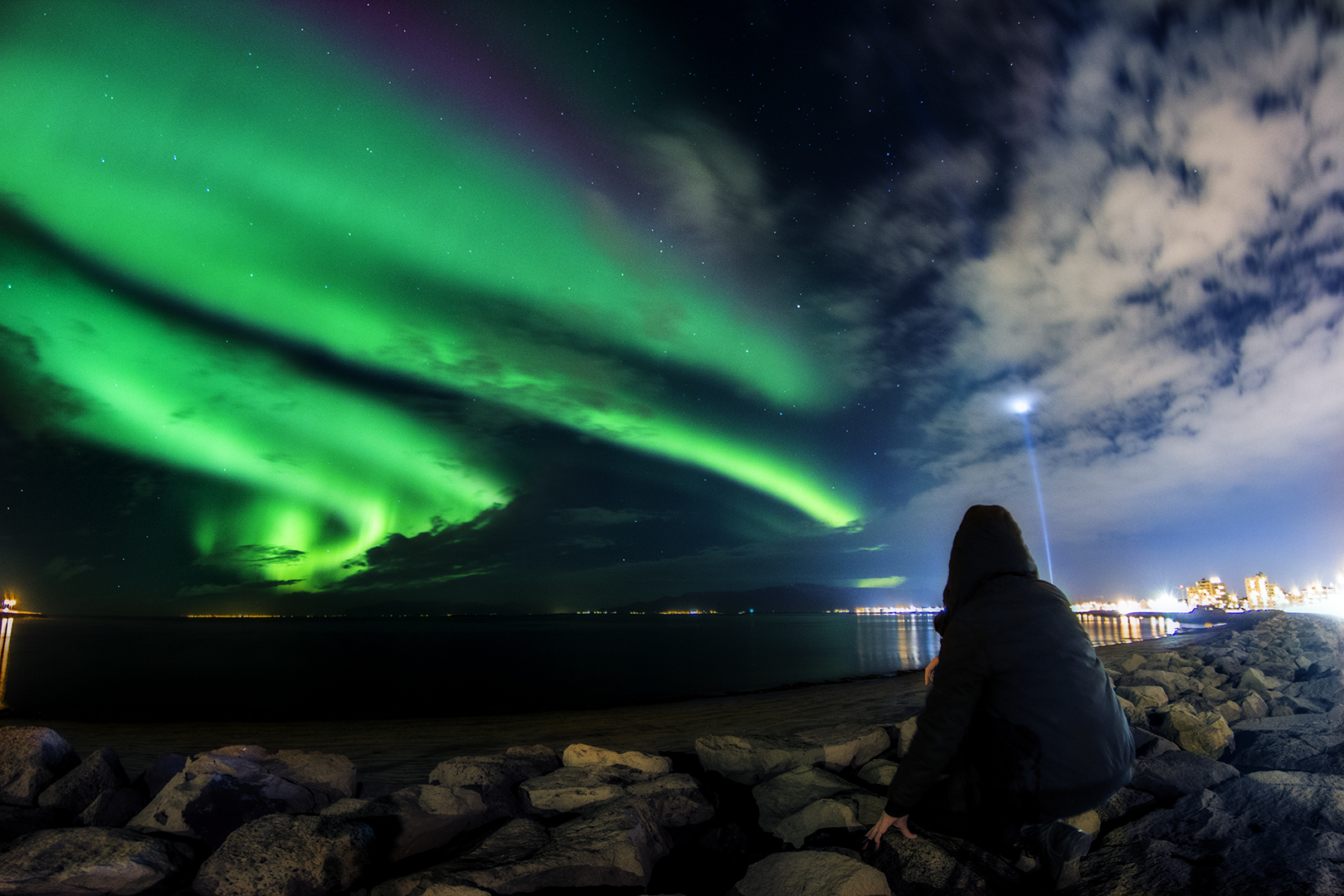Northern Lights Eric Bennett this world exists thisworldexists photography iceland things to do before you die