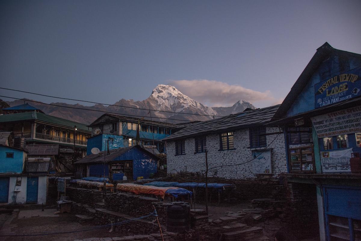 Annapurna ghorepani nepal hike thisworldexists this world exists hiking himalaya tadapani