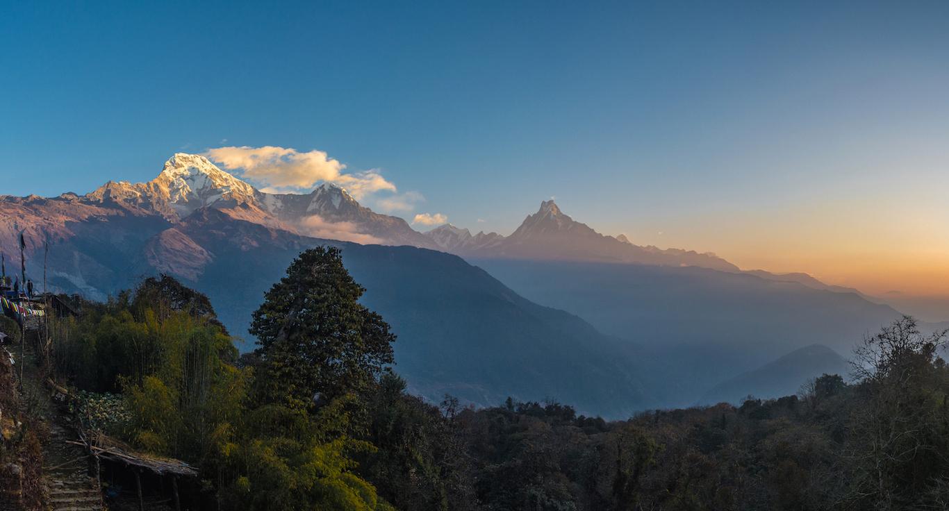 Volunteer Nepal Education Travel THISWORLDEXISTS Annapurna