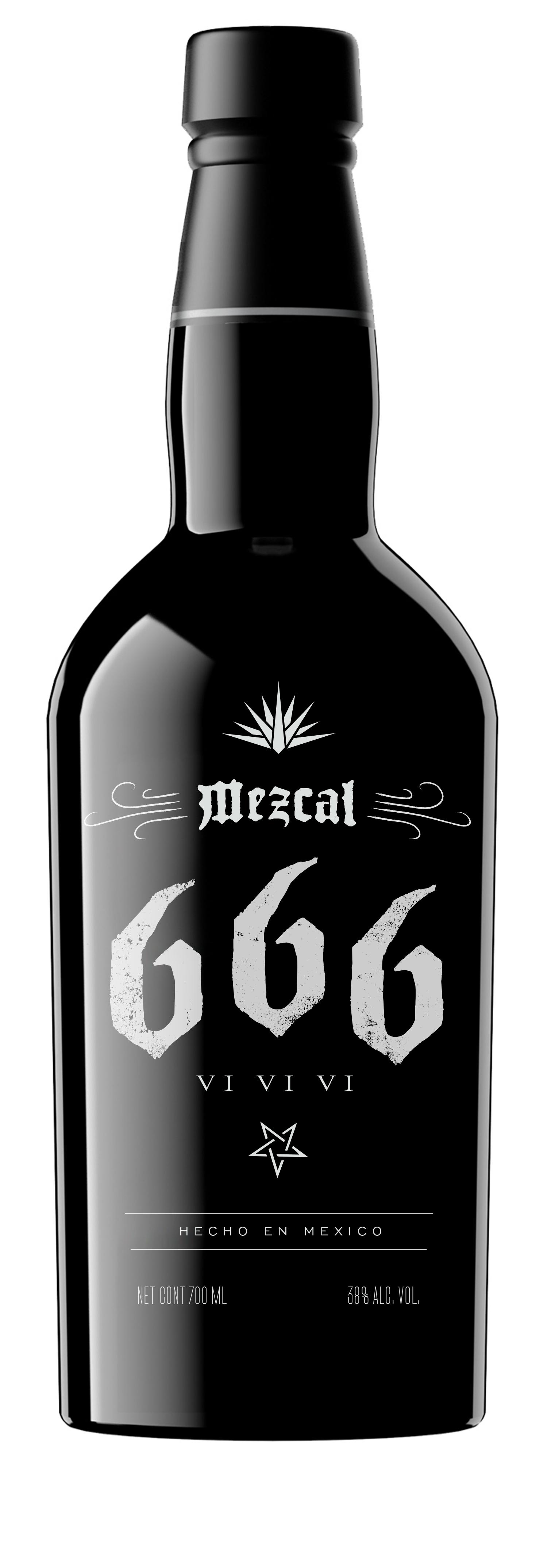Mezcal 666 Black Bottles2 opt2_0007_666 distress.jpg