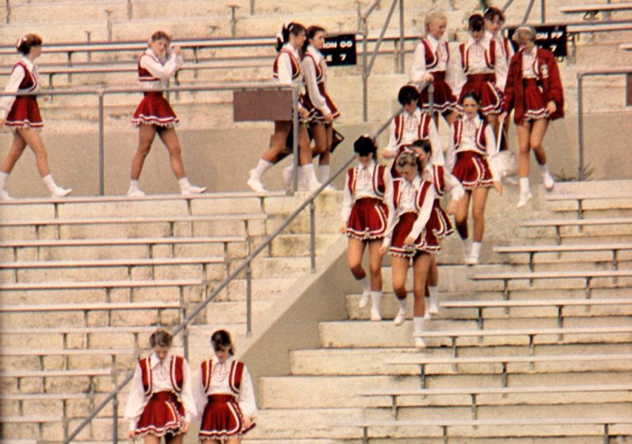 image: Cheerleader mag