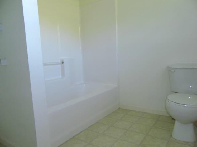db_Bathroom_21.jpg