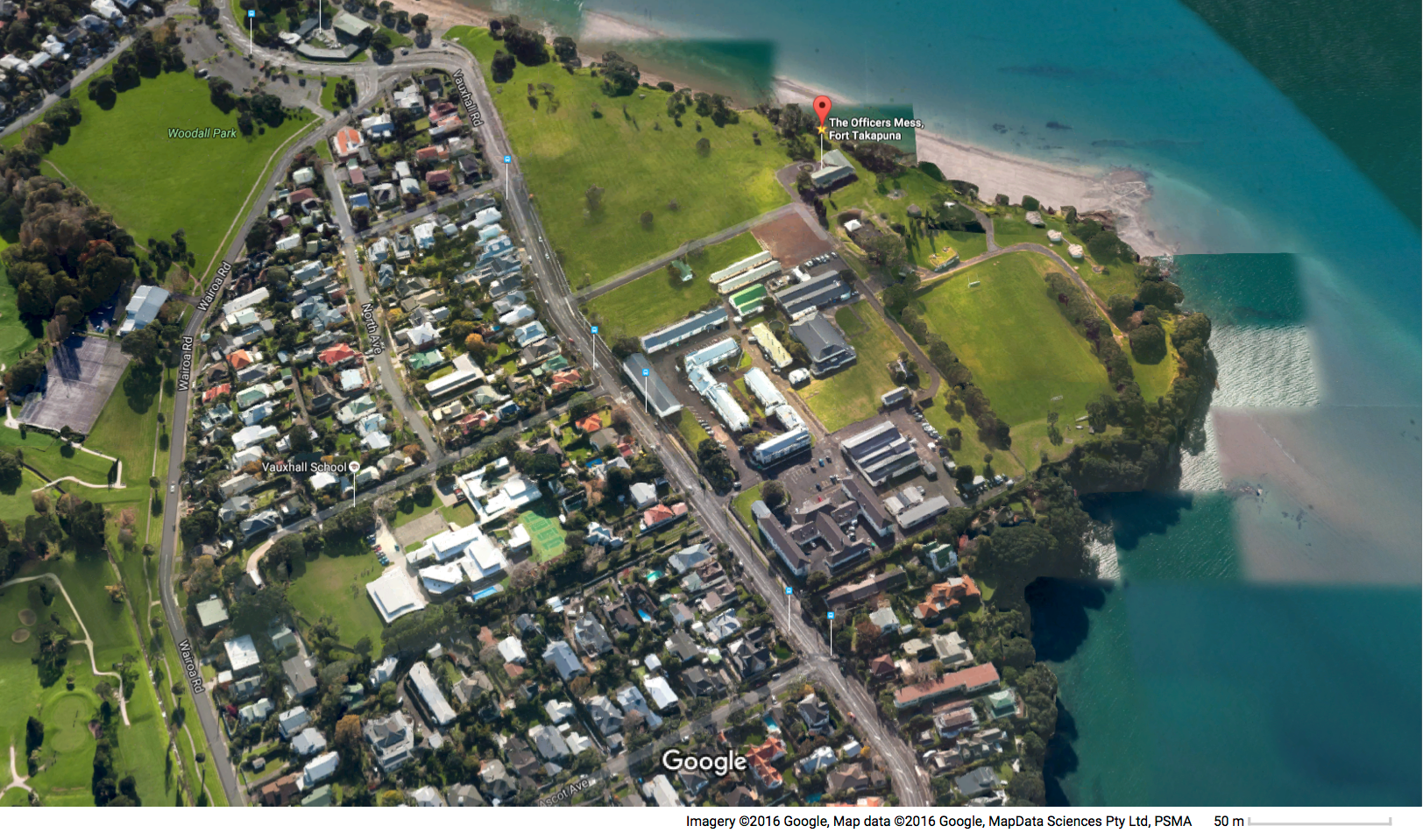 Fort Cautley in foreground with Fort Takapuna at the rear.  Narrow Neck Auckland. Image Google Earth