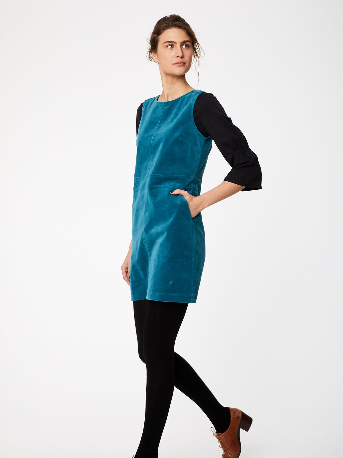 wwd3965-kingfisher--teal-organic-cotton-pinafore-dress-with-pockets-0001.jpg.jpg