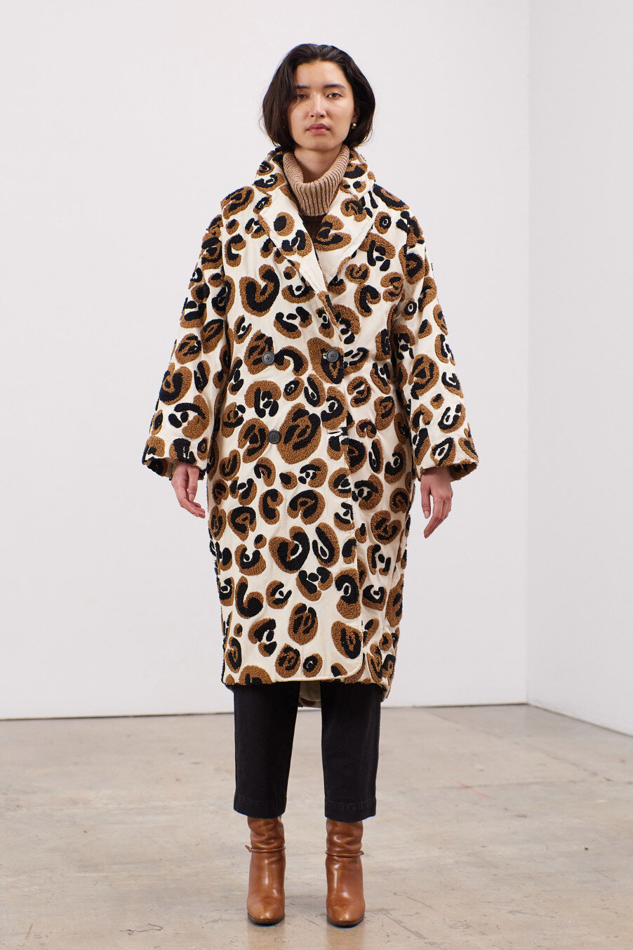 clementine-oversized-double-breasted-coat-leopard-embroidery.jpg
