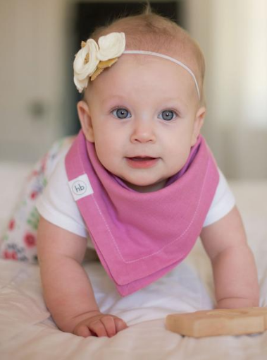 Ollie Bib in Sweet Petunia